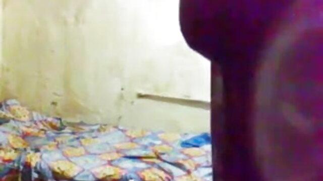 રાંડ માં સેકસી બીપી વીડીયો એચડી પગરખાં ની ઉંચી એડી અડે ખોલીને ગુદા મૈથુન પર બેડ મશીન