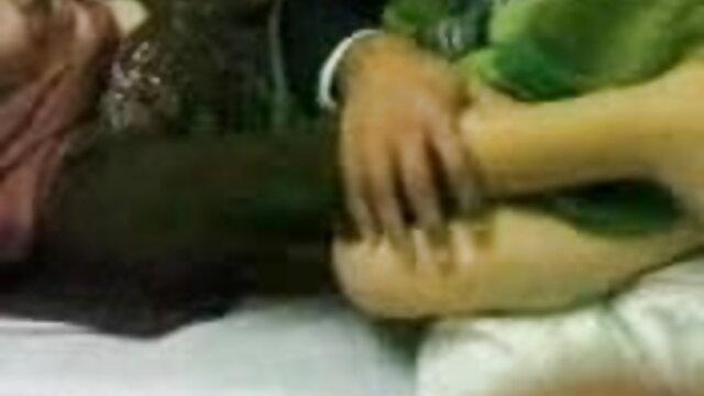 મીઠી છોકરી સાથે સંકળાયેલી બીપી વીડીયો સેકસી વીડિયો યોનિ મૈથુન મસાજ