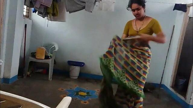 મોટો કાળો નકલી ગુજરાતી સેકસી બીપી વીડીયો લોડો લોડો ચોદવુ એક કામુક સોનેરી વાળ